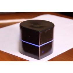 Создан портативный карманный принтер размером с яблоко